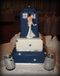 Dr Who Tardis Wedding Cake
