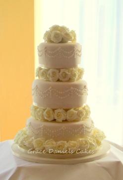 Ivory rose & Piping wedding cake (1)