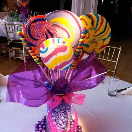 Candy centrepiece