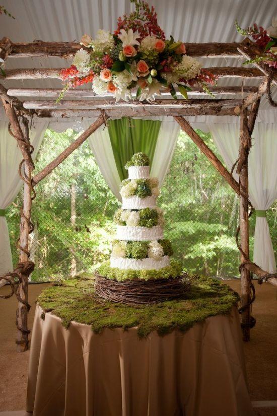 Woodland wedding cake stand