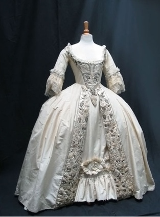 Frankenstein wedding dress inspiration