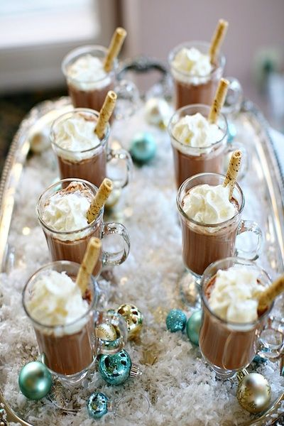 Winter wedding hot chocolate food and drink ideas