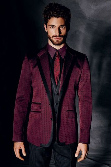 Dolce and Gabana winter 2015 menswear