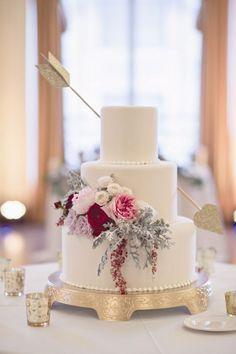 Valentine's Wedding Cake Love Arrow