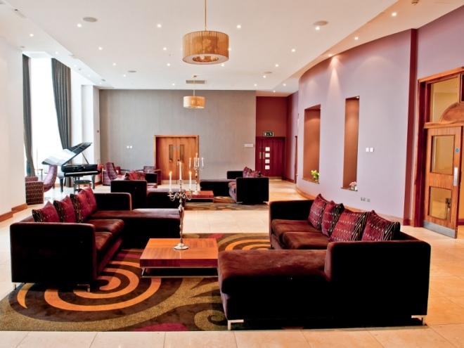 Loughrea Hotel & Spa wedding piano lounge cocktail reception