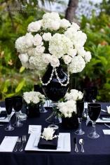 Monochrome wedding ideas table decor black and white