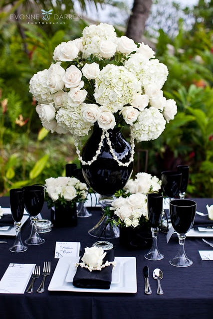Monochrome wedding ideas table decor black and white