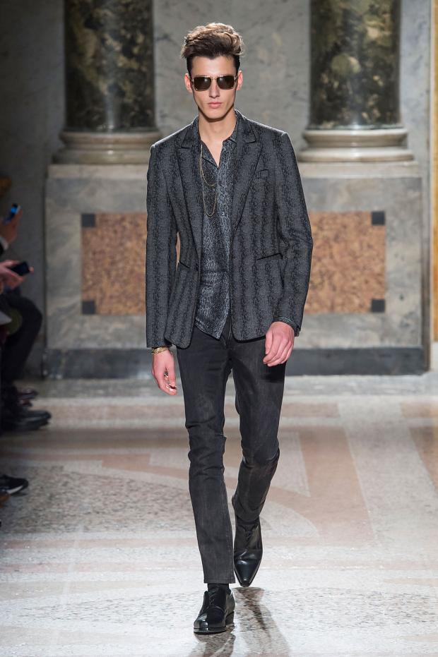 Roberto Cavalli Fall 2015 menswear groom trends pattern
