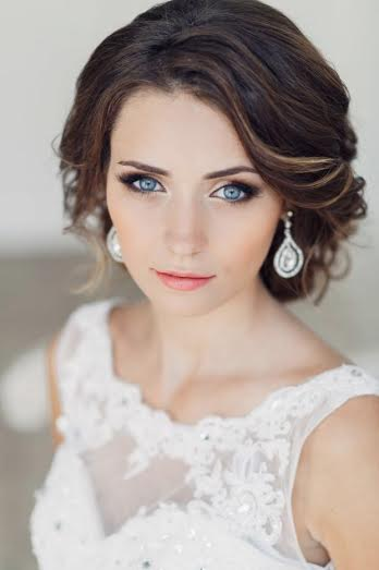 Marion Smyth makeup artist wedding day makeup tips