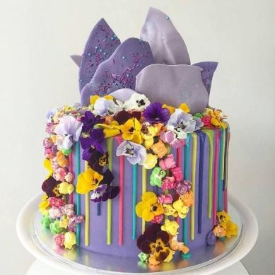 drip cakes wedding