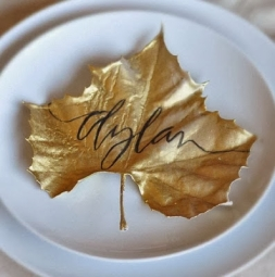 autumn wedding place cards leaves